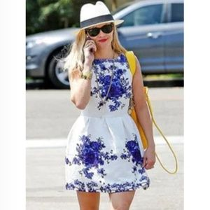 Dresses & Skirts - Floral Party Dress